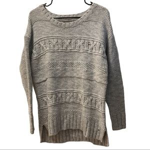 American Eagle Outfitters Cable Knit Sweater Med.